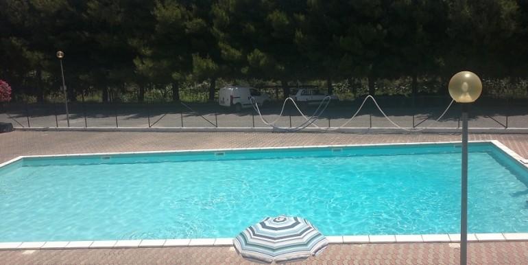 Trilocale con piscina Nova Siri Marina