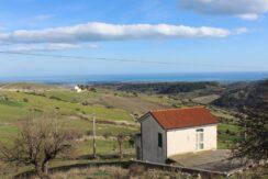 Casa Indipendente VISTA MARE, con terreno di circa 1200 metri quadri.